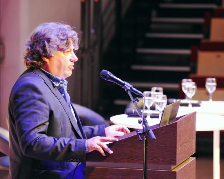 Daan Delbare (ILVO), presenting the project (© Geert Van de Wiele, UGent)